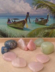 Healing Crystals to attract love and harmonise your relationship: Rose Quartz, The Stone of Unconditional Love