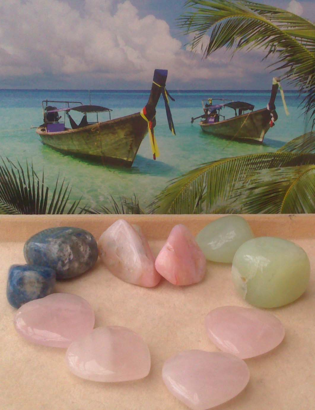 How to energise your life and feng shui yourself happy with healing crystals to help you attract for Photos feng shui