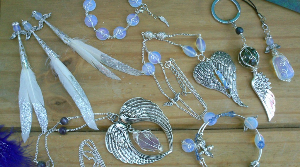 Handmade gemstone jewellery designed and created by Eva Maria Hunt www.spiritual-wonders.co.uk