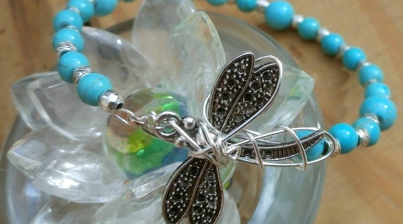 Dragonfly with turquoise1
